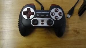 Manette gamepad Thrustmaster Dual Trigger USB PC PS/2 PS/3