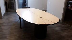 Expandable Boardroom Table