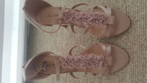 Call it Spring Pink Flowery Sandals