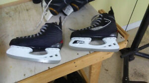Skates sizes 8.5 and 9. MINT CONDITION