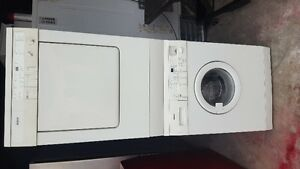 "BOSCH 24"" WASHER/DRYER"