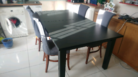 Ekedalen extendable dining table with 4 chairs