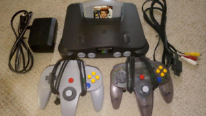 Like New Nintendo 64 (N64) with Cables, 2 Controllers and Game