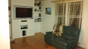Furnished apartment 5 1/2 with parking in Lasalle, $ 750.