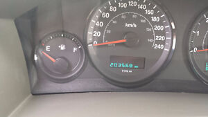 2006 Jeep Grand Cherokee 4X4 V6 SAFETY & E-TESTED London Ontario image 6