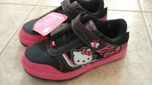 NEW Hello Kitty Running Shoes Girl Size 13