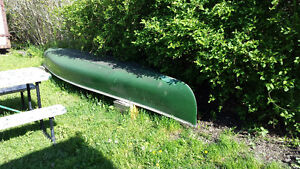 Canoe With Square Back For Trolling    Make Unknown