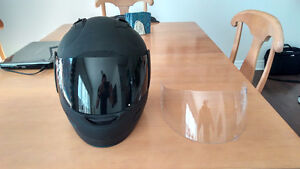 Icon Alliance Motorcycle Helmet w/tined and clear shield Size Sm