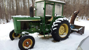 John Deer 2030 Tractor with Snow Blower