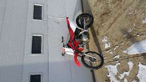 Crf 80 honda looks and works like new