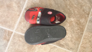 Boys indoor shoes size 6. Toddler size