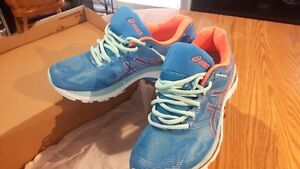 L's Asics Gel-Nimbus 19 Running Shoe