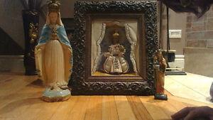 Statues et Jésus de prague  antique