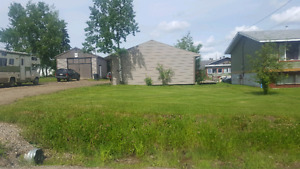 Shop and 2 lots for sale