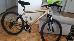 Bike for sale in very good condition ALUMINIUM Frame