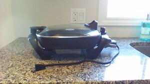 Oster 12 inch Electric Skillet Kitchener / Waterloo Kitchener Area image 2