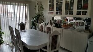 Four Bedrooms Semi-detached house for Rent
