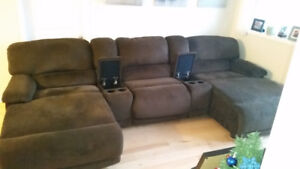 """LIKE NEW """"DEVON"""" COUCH FROM THE BRICK DUAL RECLINING CHAISE ENDS"""