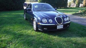 2000 Jaguar S-TYPE 4L V8 Sedan