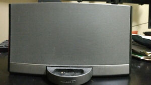 Bose N123 for iphone music! 70 or OBO!