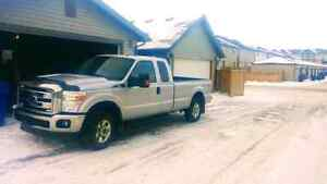 2013 Ford F250 XLT Extended Cab long box *No GST*