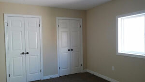 Rooms Available for Rent in South End OF Guelph! London Ontario image 3