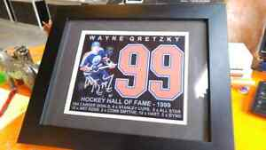 SIGNED WAYNE GRETZKY PICTURE  London Ontario image 1