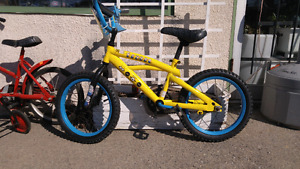 Minion childs bike