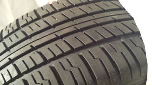 ONE TIRE 215 55 R16 Motomaster Touring AW/H All Season Tire