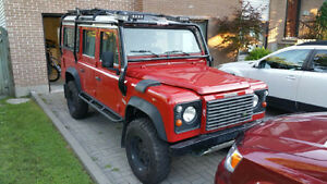 2000 Land Rover Defender 110 SUV, Crossover
