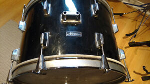 """Bass-drum Maxwin par Pearl 22"""" vintage année '70 à pas cher..."""