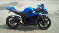 2007 Suzuki GSXR 600 Blue and black