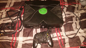 Original Xbox with 1 Controller and 18 Games