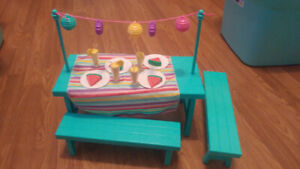 Picnic table for 18 inch dolls
