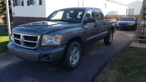 2008 Dodge Dakota Crew Cab 4x4 low km