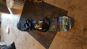 Excellent snowboard and brand new bindings St. John's Newfoundland image 1
