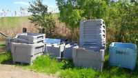 Free Cracked and Damaged plastic industrial totes