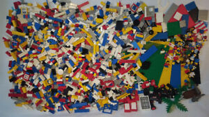 Lego - Bulk lot of 1400+ pieces (Approximately 7lbs)