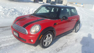 2010 MINI COOPER - CLEAN CARPROOF!! - 142KM - $6995 CERT/ETEST