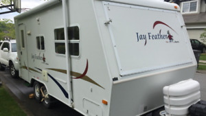 Jayco 19H Hybrid - excellent shape