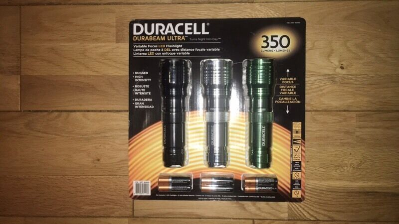 Brand NEW - 3 * Duracell Durabeam Ultra Torches