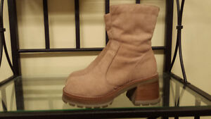 ~ * ~ Suede Platform Boots Brand New from Transit ~ * ~