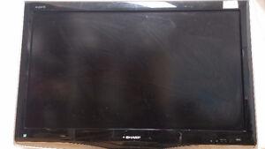 Sharp Aquos LC37D43U 37- Pouce (Inch) 720p LCD HDTV