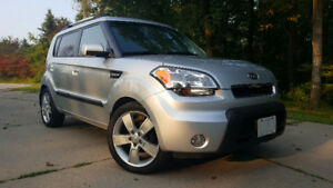2010 Kia Soul 4u Hatchback - 5spd