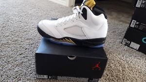 New Jordan 5 retro gold tongue. Size 9.5 no trades firm price