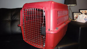Petmate Pet Taxi / Carrier / Kennel / Crate