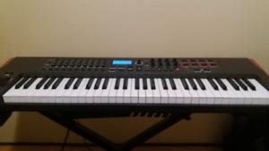 61 Novation Impulse USB MIDI Keyboard for Sale