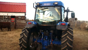 2005 CX85 McCormick Tractor / 95HP / 9500hrs