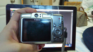 Canon Powershot w batteries included!