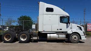 $$Reduced** volvo VNL670 with 13 speed manual